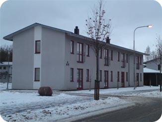 Bilden symboliserar ett hus med enstegstätad fasad