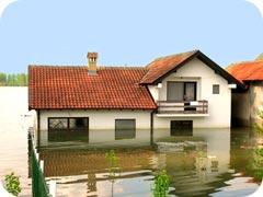 Ett översvämmat hus med krypgrund