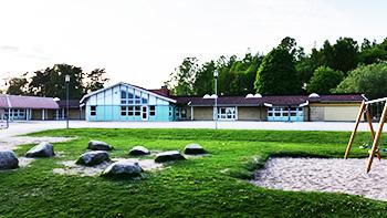 Efter långt undantagstillstånd fick sjuka Hjortsbergskolan i Ljungby stängas