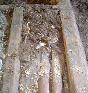 isolering i form av torv i golvbjälklaget